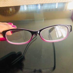 Reading glasses 2.00